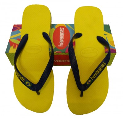 Havaianas Brasil Logo Flip Flops Flip Flops from ApacheOnline from apacheonline.co.uk