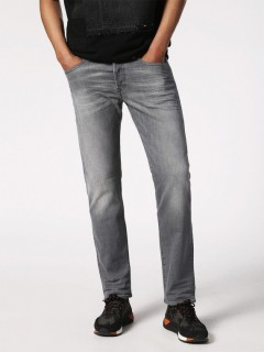 Buster 084HP Regular Slim Tapered Jean
