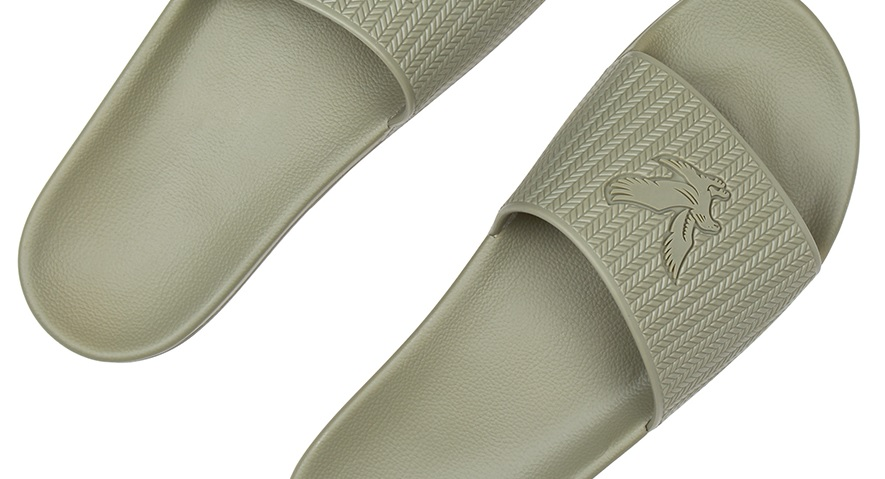 Lyle and Scott Thomson Slides Green